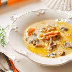 Суп из семги и морского коктейля
